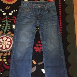 505 Levi's dark wash jeans